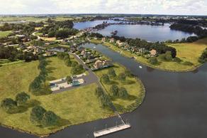 Waterfront De Veene Kavel 2 in Veen 4264 AN