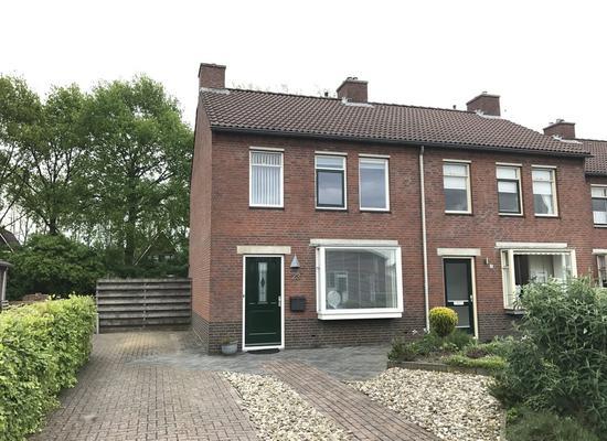 Veerstraat 23 in Oude Pekela 9665 SE