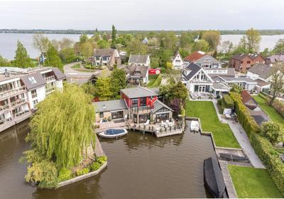 Oud-Loosdrechtsedijk 291 A in Loosdrecht 1231 LZ
