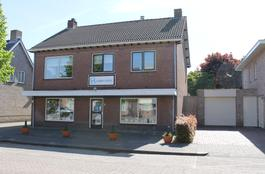 Bovenstraat 9 in Hoeven 4741 AS