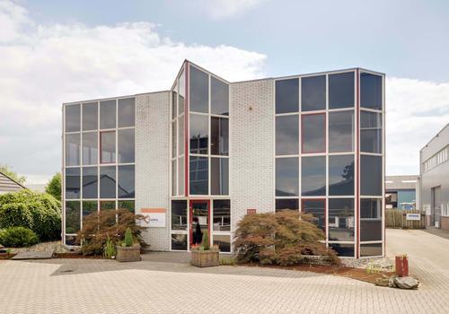 Utrechtsestraatweg 200 in Rhenen 3911 TX