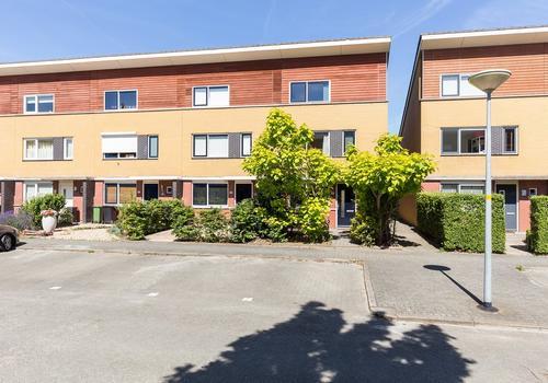 Rodenstein 37 in Nieuw-Vennep 2151 KD