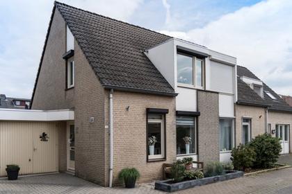 Op 'T Aardbroek 21 in Velden 5941 GX