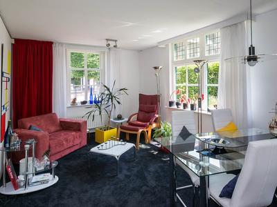 Dorpsstraat 121 in Barendrecht 2992 BD