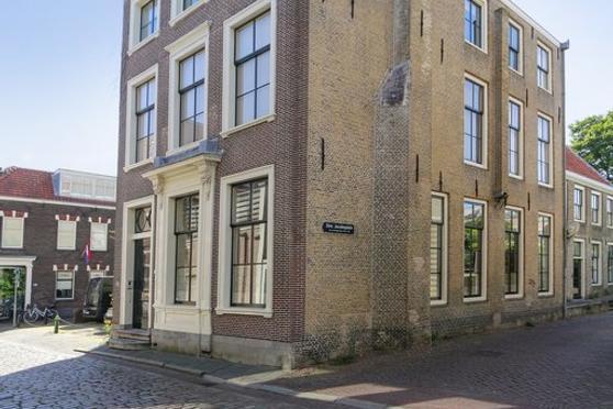 Houttuinen 2 in Dordrecht 3311 CE: Woonhuis te koop. - Stad en Land ...
