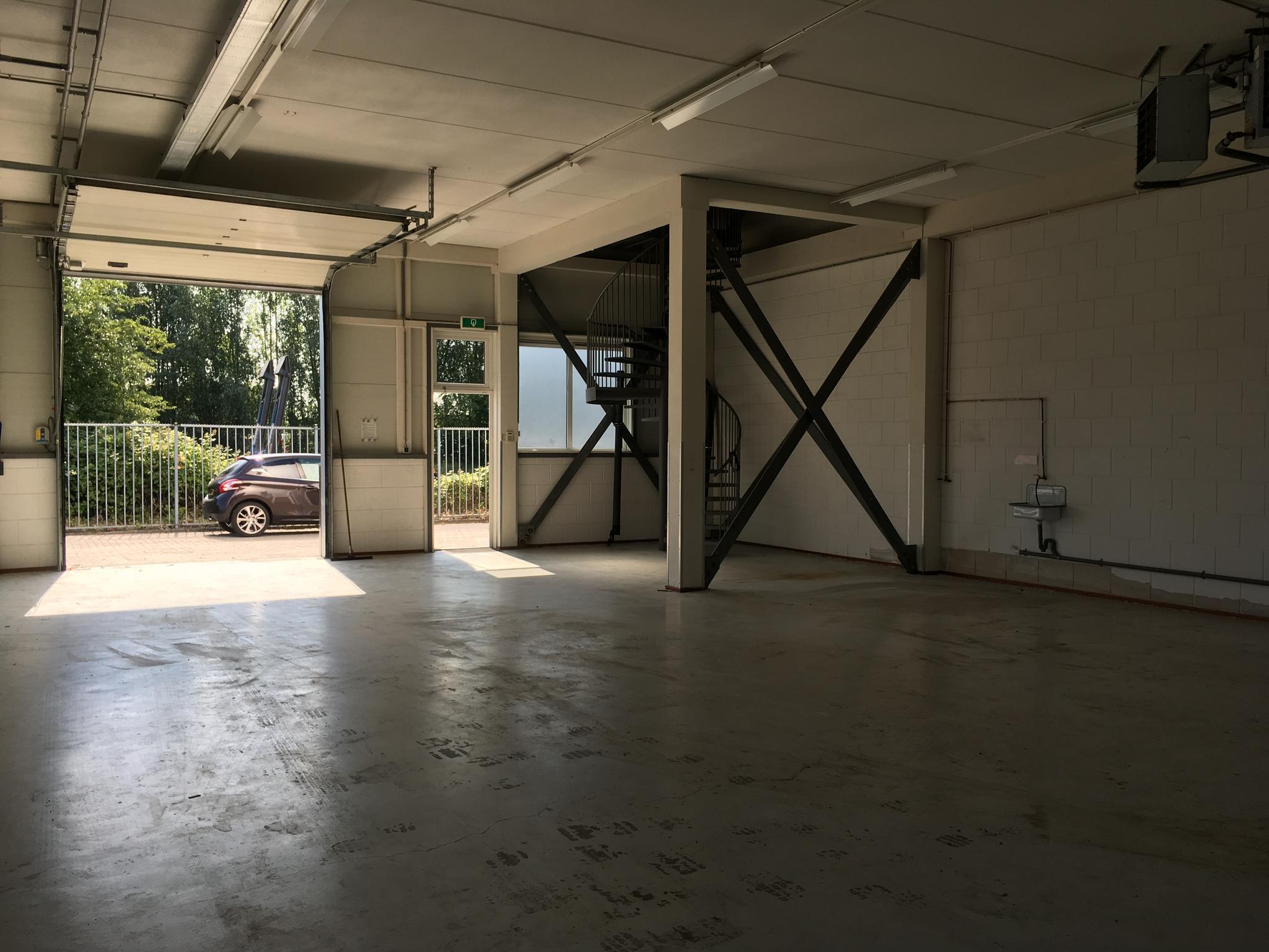 Strijkviertel 26 achter in de meern 3454 pm bedrijfsruimte waltmann bedrijfshuisvesting - Kantoor met geintegreerde opslagruimte ...