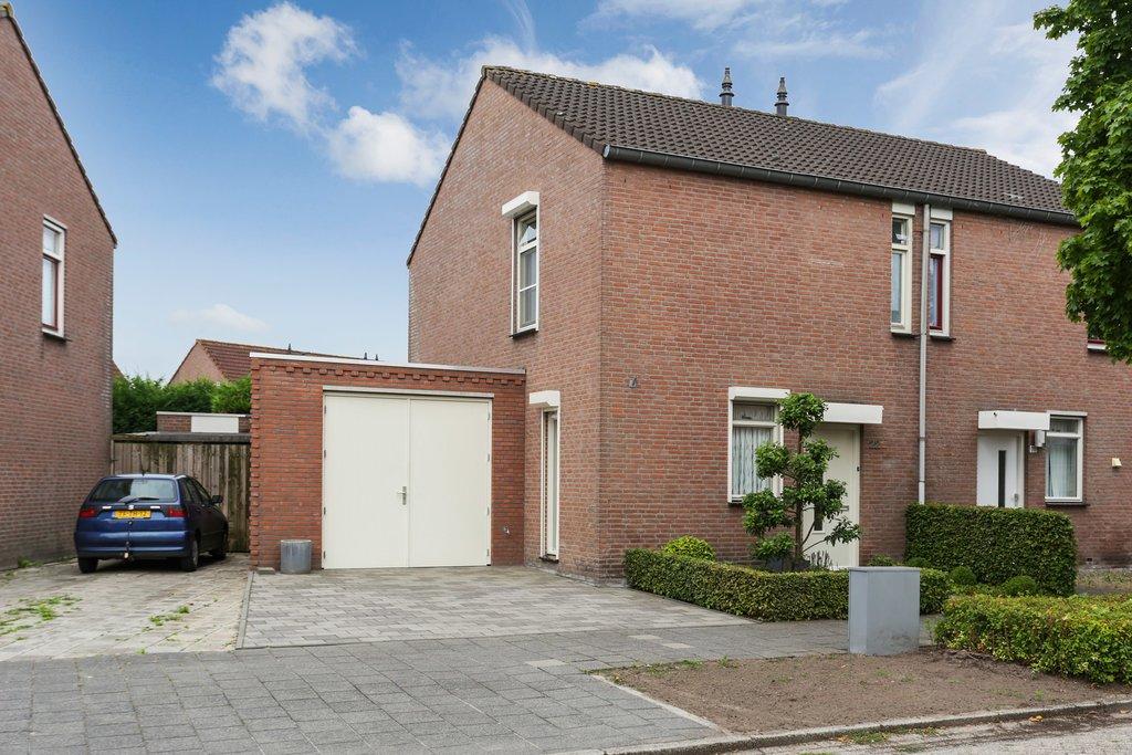 Veenmos 22 in Ysselsteyn 5813 CM: Woonhuis. - Hoeijmakers Makelaardij