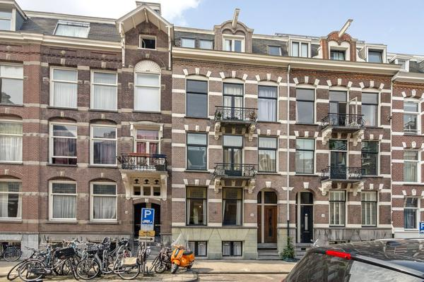 Van Eeghenstraat 12 -Hs in Amsterdam 1071 GE