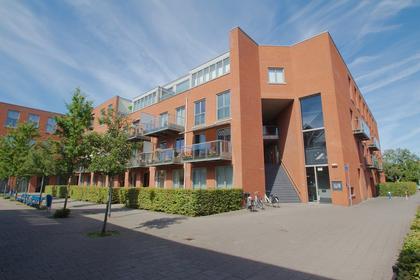Dichtershof 44 in Weesp 1382 DH