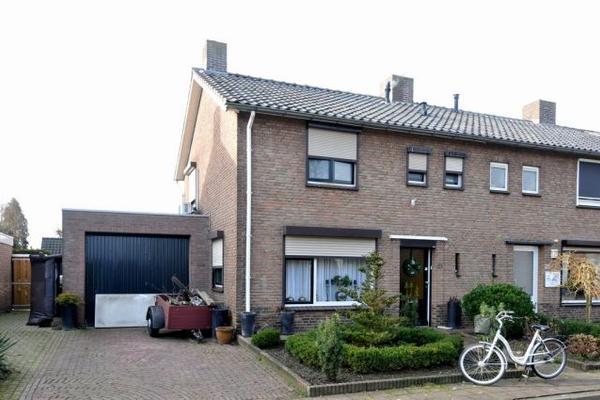 Berenicestraat 21 in Tolkamer 6916 BS