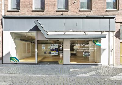 Kortemeestraat 23 in Bergen Op Zoom 4611 TL