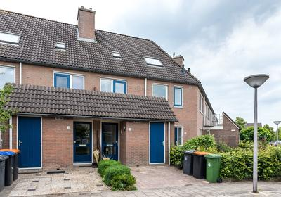 Volendamstraat 14 in Emmeloord 8304 CA