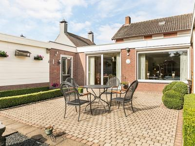 Dorpsstraat 36 in St. Willebrord 4711 NG