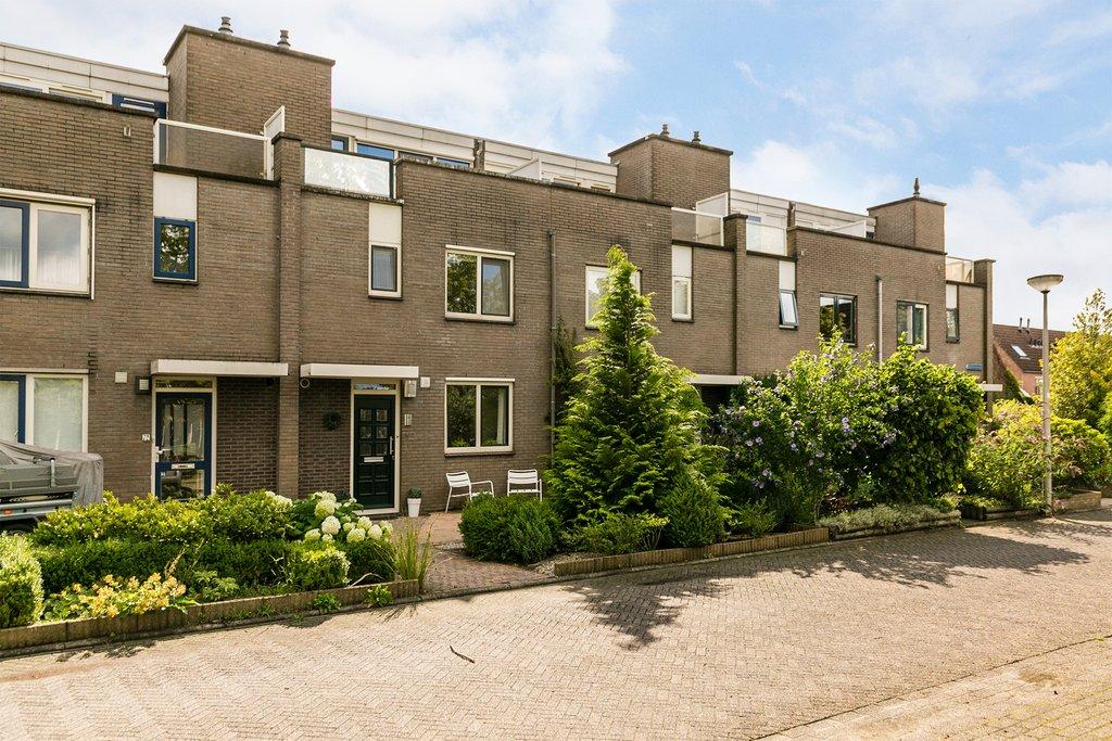 Kroonenburg 74 in amersfoort 3813 rn: woonhuis. eerenbeemt makelaardij