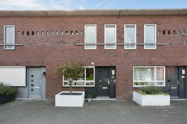 Leiendekkerstraat 27 in Zwolle 8043 EX