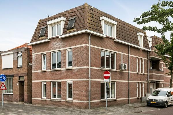 Stoopstraat 1 A in Roosendaal 4702 SN