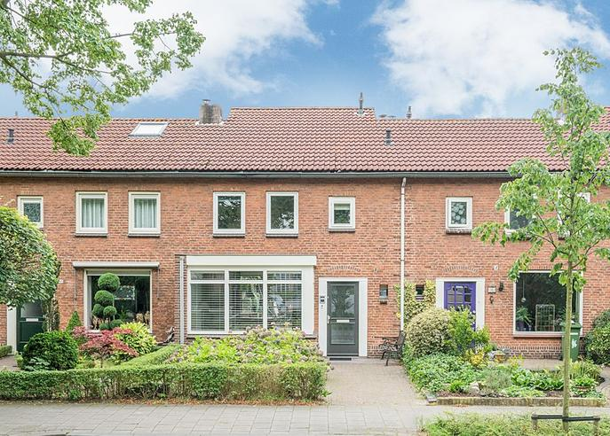 Maarten Trompstraat 43 in Vught 5262 VK
