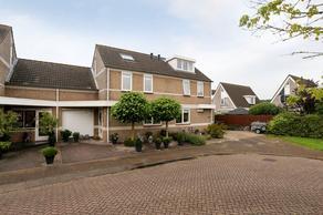 Abraham Van Der Hulststraat 5 in Hellevoetsluis 3223 RJ