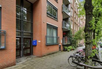 Eerste Hugo De Grootstraat 24 in Amsterdam 1052 KR