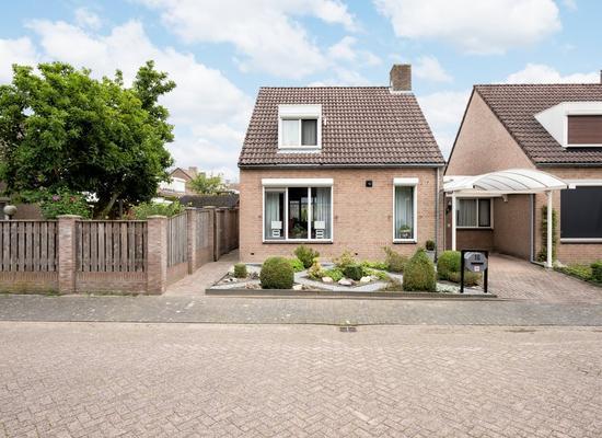 Kroonhof 16 in Valkenswaard 5551 VT