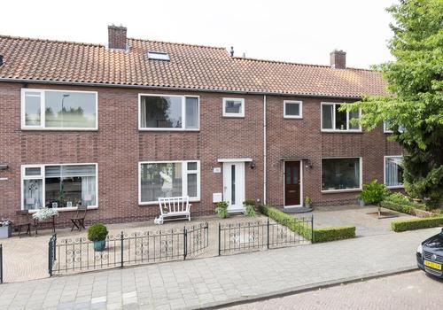 Ritzema Bosstraat 36 in Nieuw-Vennep 2152 XG