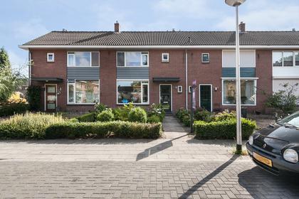 Jacob Catsstraat 19 in Nijverdal 7442 VP