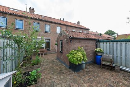 Lijsterbeslaan 12 in Leimuiden 2451 BN