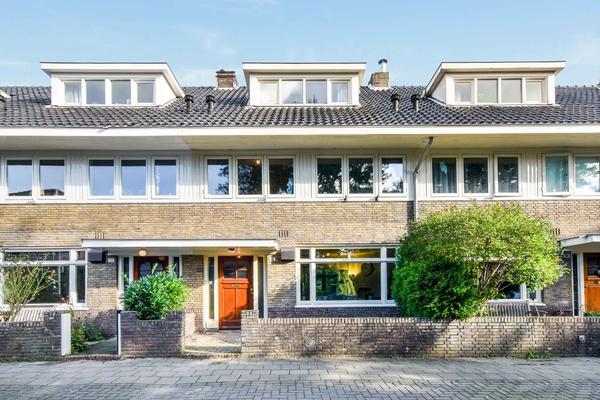 Laan Van Bloemenhove 12 in Amstelveen 1181 AP