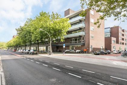 Ruys De Beerenbrouckstraat 55 in Amsterdam 1067 BL