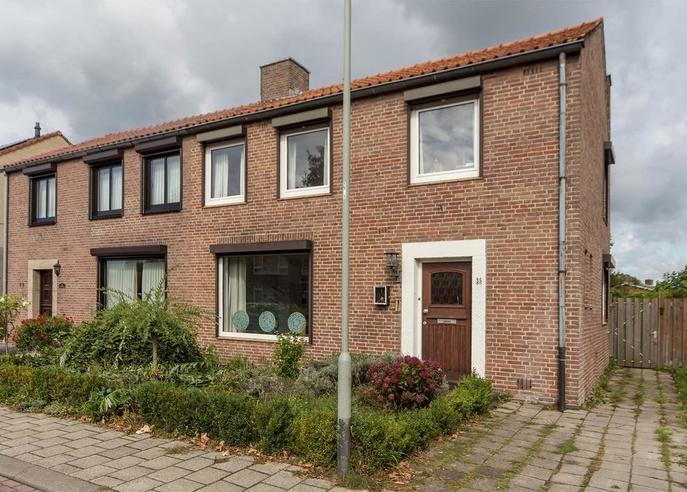 Prins Bernhardstraat 35 in Venray 5802 BL