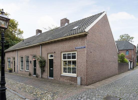 Jodenkerkstraat 5 in Buren 4116 BB