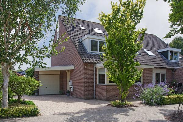 Plevier 107 in Hoorn 1628 EX
