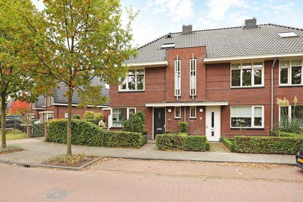 Van Tuyllstraat 46 in Hooglanderveen 3829 AD