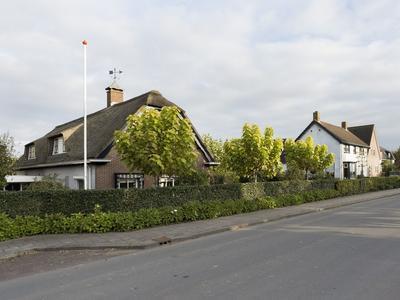Dorpsstraat 27 in Rhenoy 4152 EM