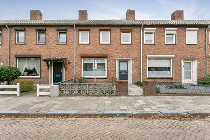 Edisonstraat 63 in Roosendaal 4702 NB