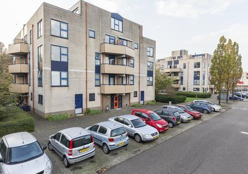Lettenburg 138 in Hoofddorp 2135 DJ