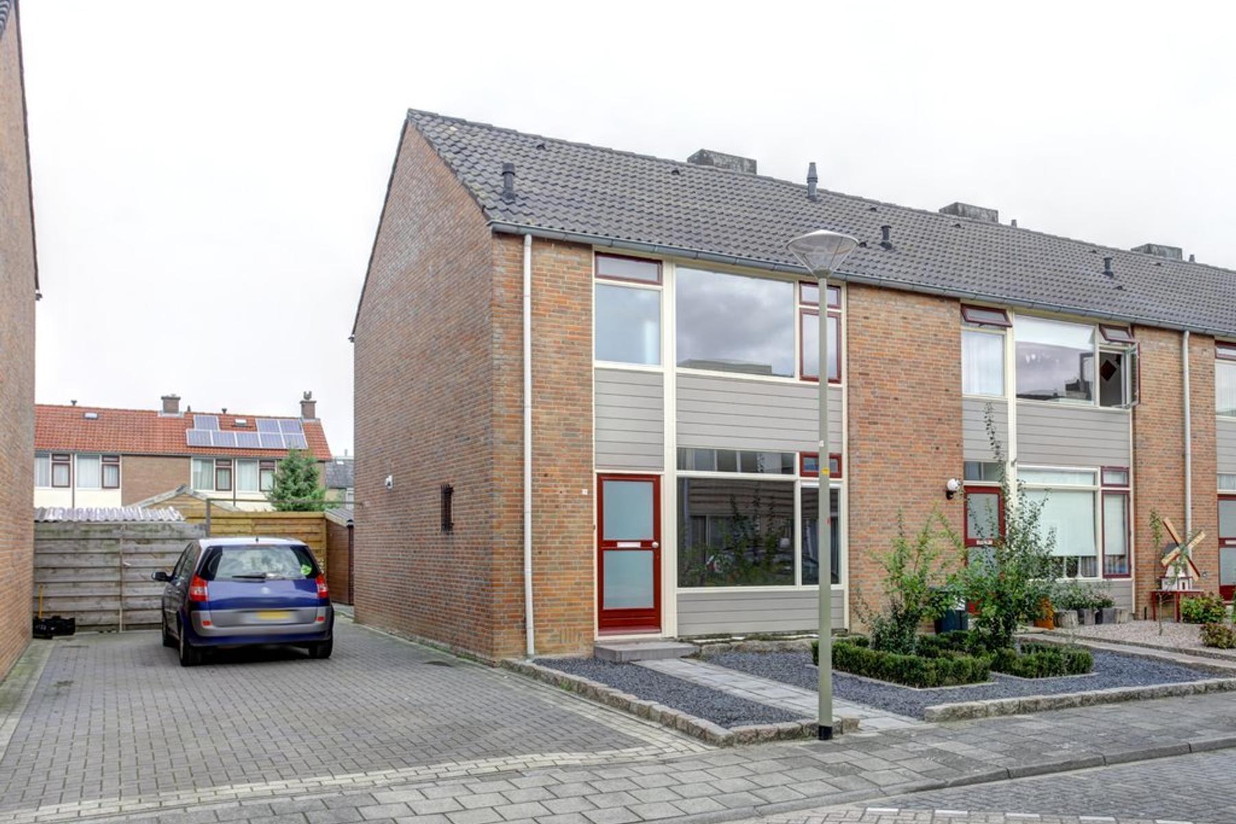 Prinses Margrietstraat 9 in Millingen Aan De Rijn 6566 BX