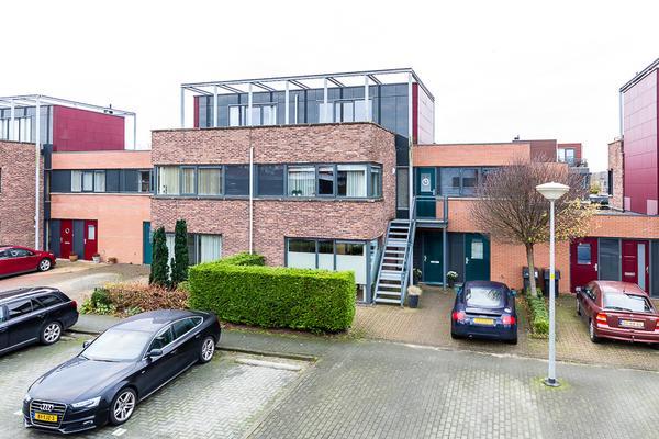 Laapersveld 9 in Nieuw-Vennep 2151 JG