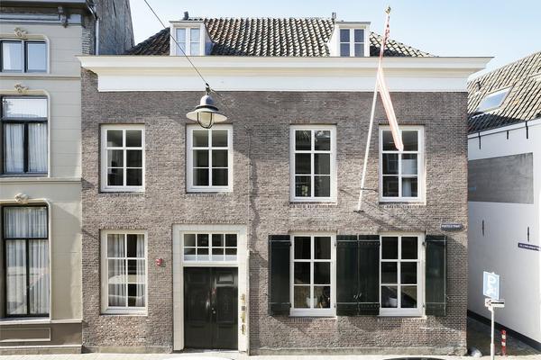Postelstraat 52 A in 'S-Hertogenbosch 5211 EB