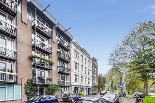 Hortusplantsoen 42 in Amsterdam 1018 TZ