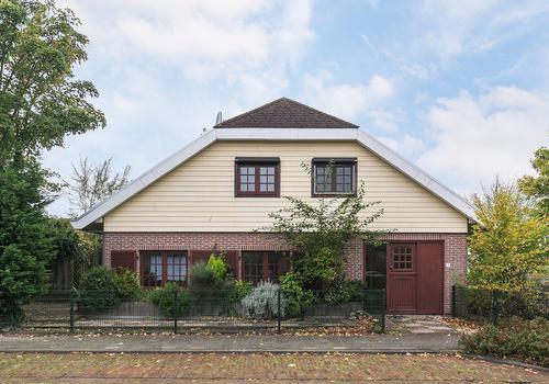 Prinses Wilhelminastraat 1 in Baarland 4435 AG
