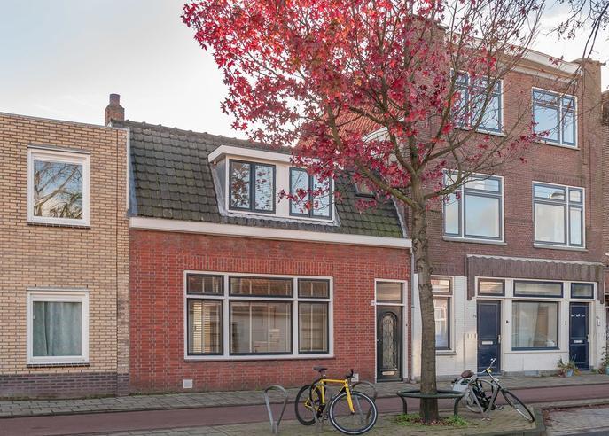 Lage Rijndijk 78 in Leiden 2315 JW