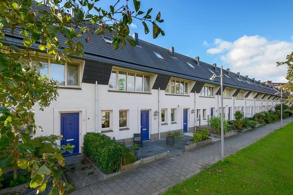 Buitenhof 23 in Rhoon 3162 WG