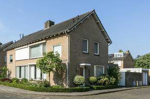 Laurierstraat 26 in Waalwijk 5143 ED