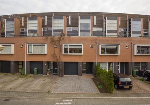 Zomerpark 18 in Nieuw-Vennep 2151 HA