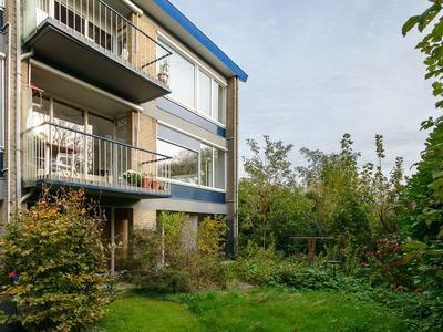 Oranjestraat 41 in Barendrecht 2991 CK