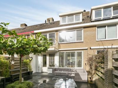 Plantsoen 90 in Prinsenbeek 4841 AX