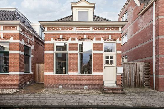 Burgemeester Venemastraat 13 in Winschoten 9671 AA
