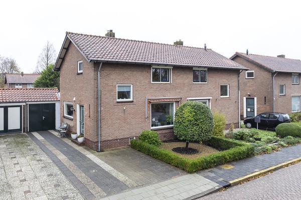Johannis Bogaardstraat 19 in Nieuw-Vennep 2151 CT