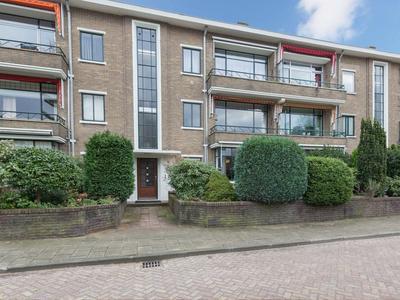 Burgemeester Andriessenstraat 14 in Hilversum 1217 RG